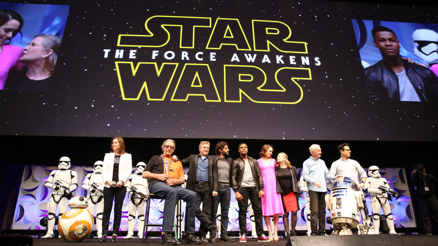 The Force Awakens Red Carpet LIVE op StarWars.com