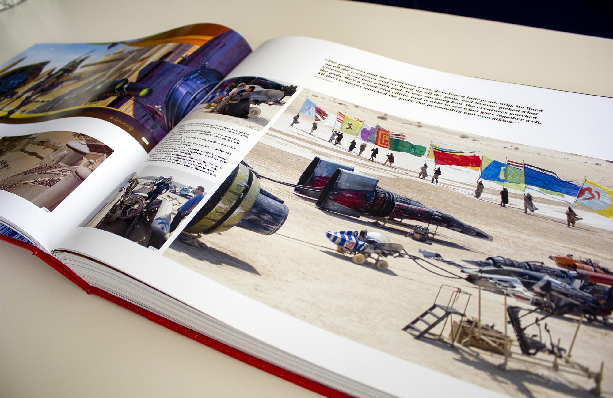 De life size modellen van de pod racers in de woestijn van Tunesië.